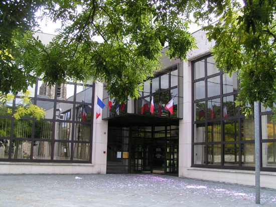 Hotel De Ville De Guyancourt