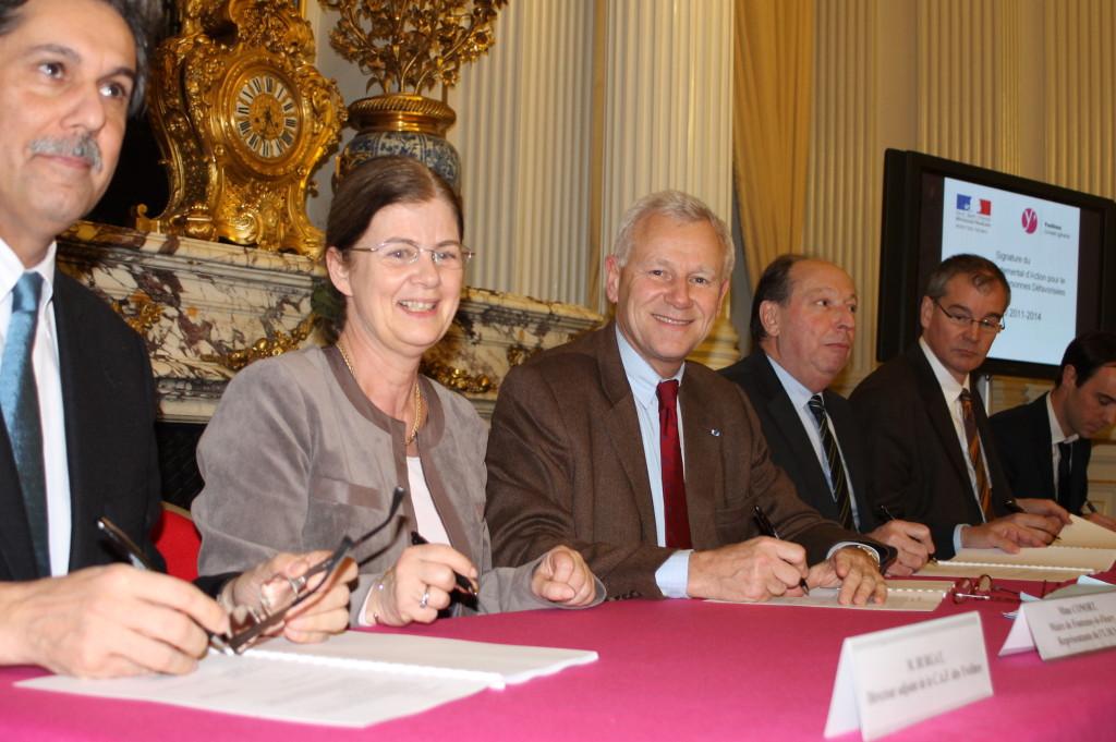 Signature du Plan Départemental d'Action  pour le Logement des Personnes Défavorisées  (PDALPD)