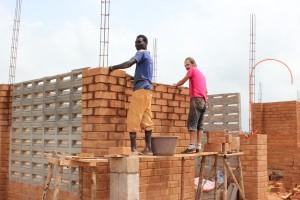 Construction du lycée au Togo
