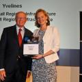 Yves Vandewalle, Vice-président du Conseil général délégué au développement économique, lors de la remise des prix du Mipim à Cannes.
