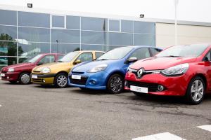 Clio FLins Renault - 5 millions